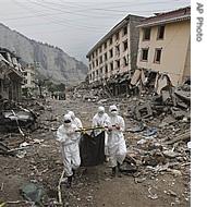 ap_china_earthquake_recovery_27may08_190